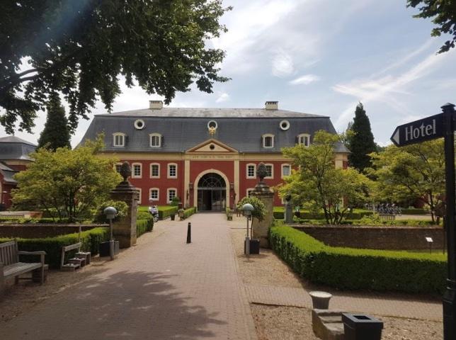 Hilhorst - Home slider 8 - Chateau Gerlach